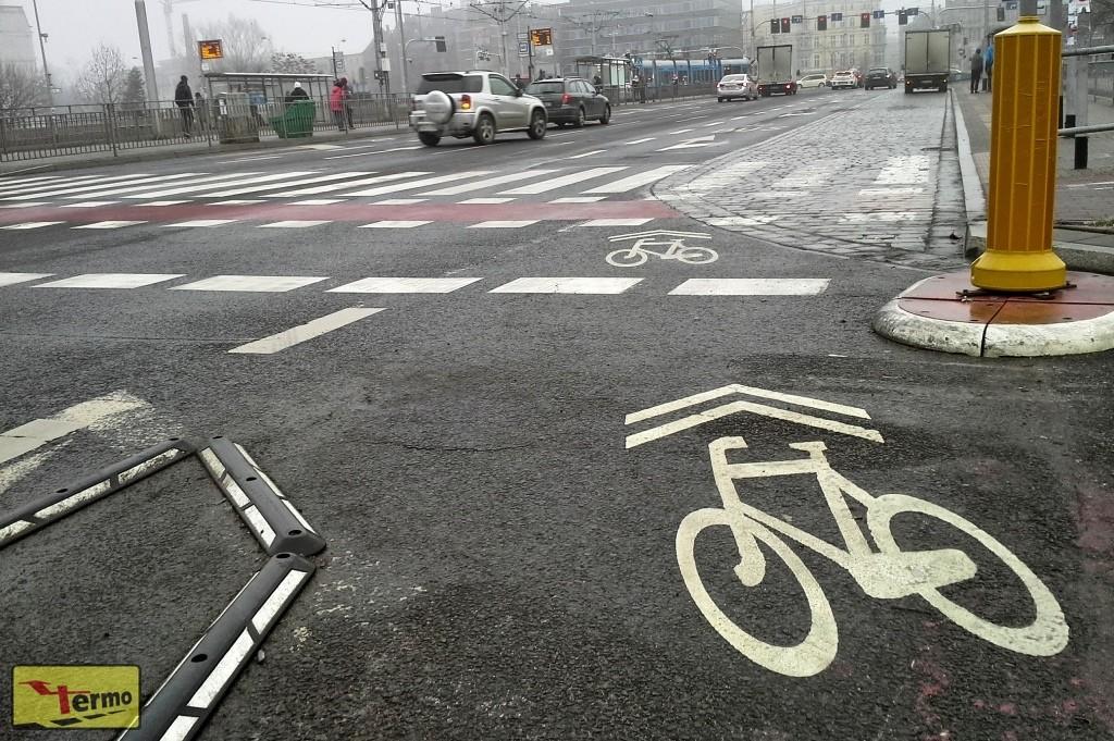 znak-symbol-p27-kierunek-i-tor-ruchu-rowerowego