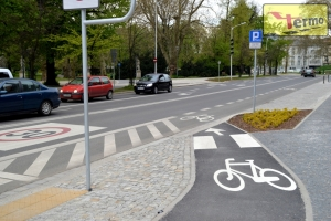 road-sign-termosign-path-for-bicycle