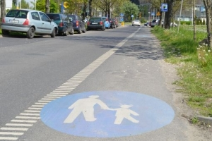 road-sign-termosign-path-for-pedestrians
