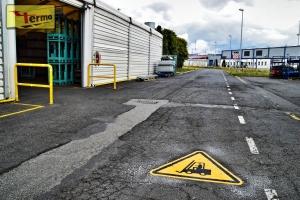 roadsign-termosign-warning-forklifts