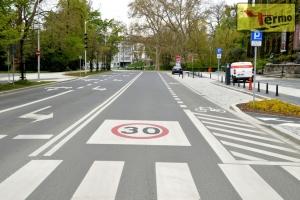 road-sing-termosing-reduced-speed-zone