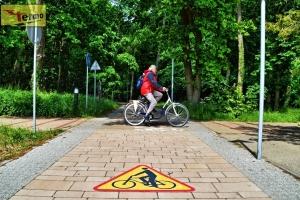 warning-bikes-bike-lanes-sidewalks-markings